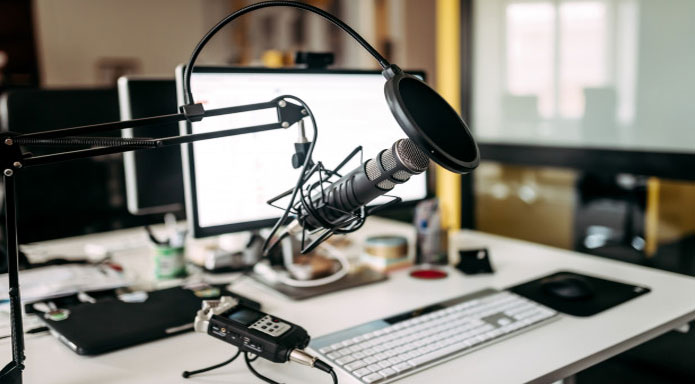 Become A Famous Podcaster